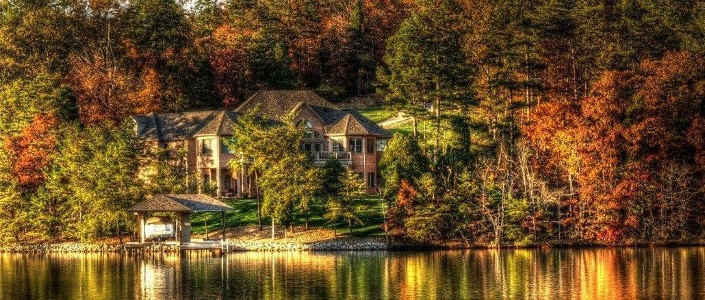 Tellico Village Lake Home